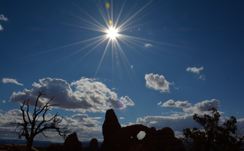 Silhouettes of arches make for awesome evening photography!